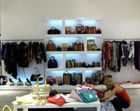 Интериорен дизайн на магазини
