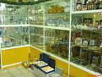обзавеждане на магазин за сувенири и подаръци