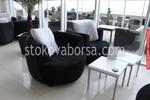 изработка на луксозна мека мебел за лоби бар