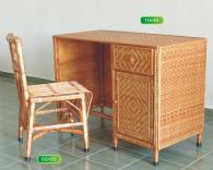 Комплект бюро и стол от ракита