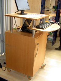Подвижен офис шкаф