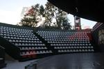 Пластмасови седалки за оборудване на спортни зали